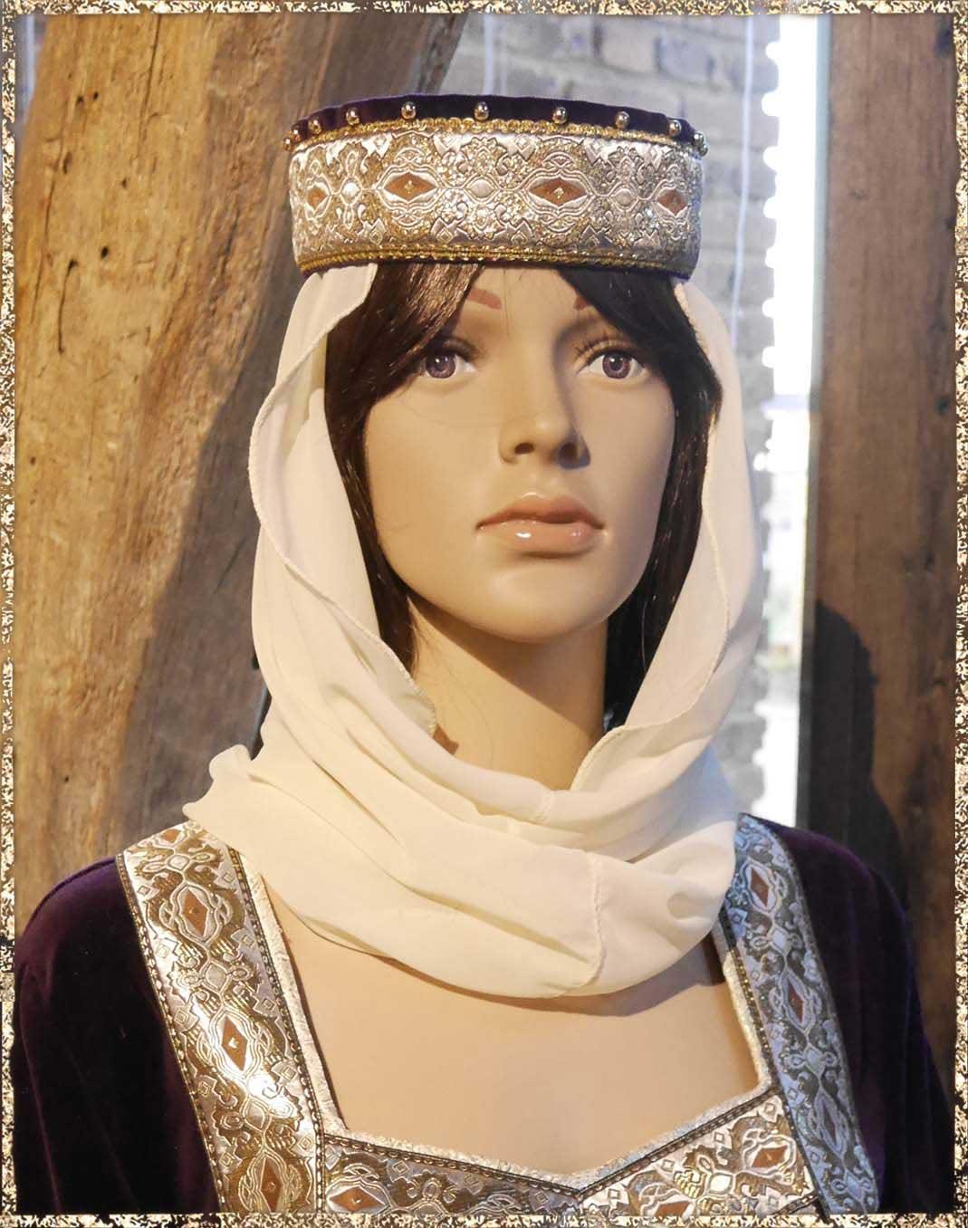 Abstand wählen besser starke verpackung Kopfbedeckung | Die Gewandschneider von Avalon - Schneiderei ...