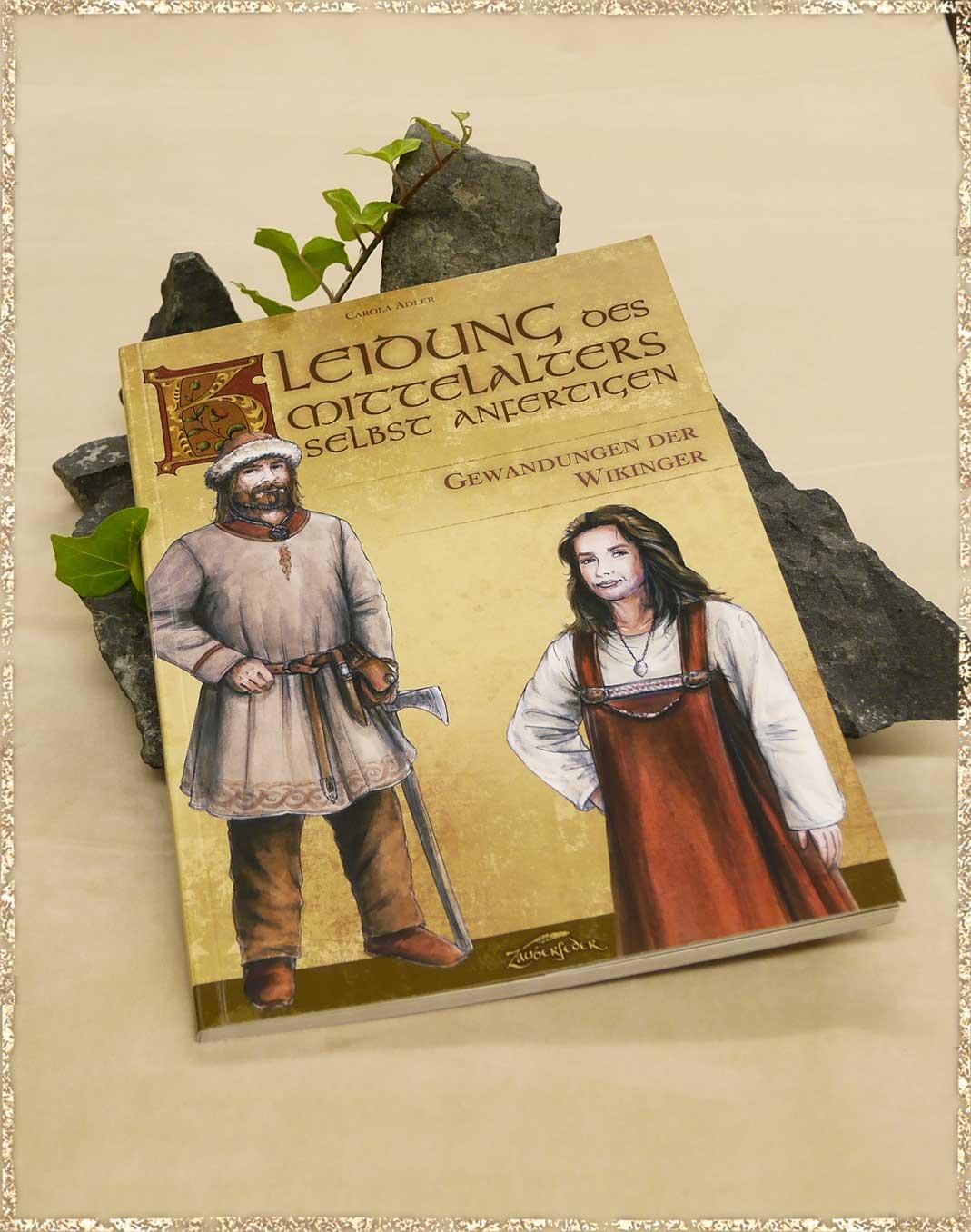 Mittelalterliche Kleidung selbst nähen - Gewandungen der Wikinger ...